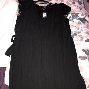 NWT City Chic Ruffle-Sleeve Dress